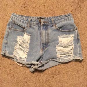 Denim shorts, mid rise